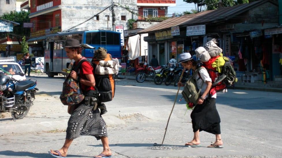 bagpackers-tourist-in-goa