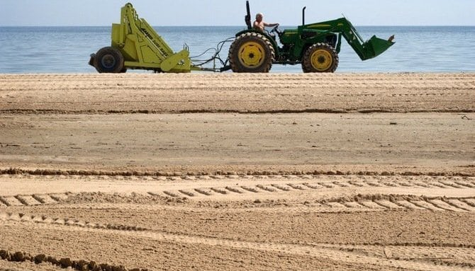 mechanised-cleaning-of-goa-beaches