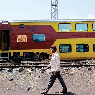 mumbai-goa-double-decker-train-service