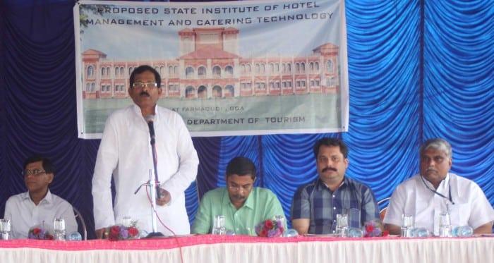 Left to right- R. K Srivastava,Shripad Y Naik, Dilip Parulekar, Nilesh Cabral, S. T. Nadkarni