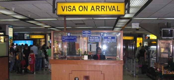 visa-on-arrival-counter-1728x800_c