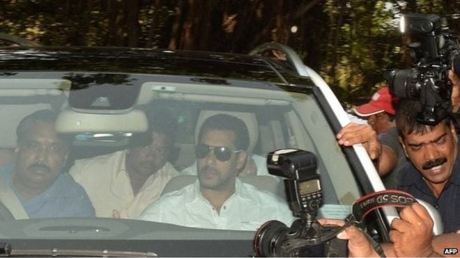 Salman Khan was brought to court amid a huge media scrum-bbc news