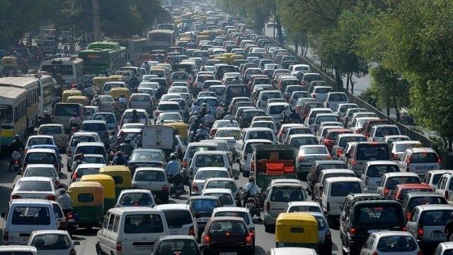 https://www.goaprism.com/wp-content/uploads/2015/05/traffic-jam-on-mumbai-goa-highway-e1430576850672.jpg