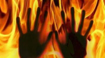 17 year old immolated herself after teacher scolded her, dies