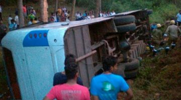 Serious Accident – School Picnic Bus carrying 65 students overturned at Curchorem