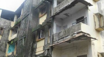 A Building Slab of Fourth Floor Collapsed in Vasco Da Gama Injuring Nine People