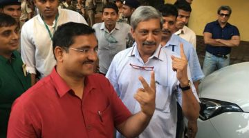 PARRIKAR TO CONTEST ELECTION FROM PANAJI BUT BABUSH HAS NOT YET OPENED HIS CARDS
