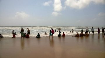 NO MORE SWIMMING IN THE BEACH WATERS OF GOA AFTER SUNSET