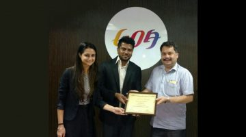 World's Largest Online Booking Portal 'Booking.Com' Receives Award from GTDC Chairman Nilesh Cabral