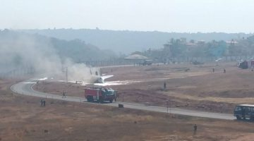 Navy Fighter Plane MIG – 29 Crashes After Overshooting at Runway in Dabolim Goa, Disrupting The Civilian Flights